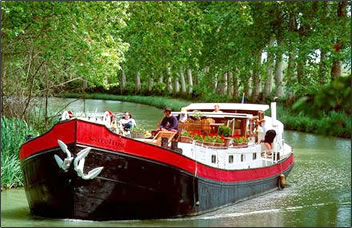 Barging on the Canal du Midi in southern France is a ROW Adventures specialty.