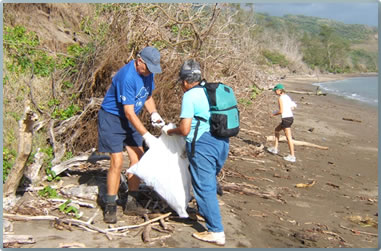 Hawaiian Islands volunteer vacations include beach cleanups and coastal reconstruction.