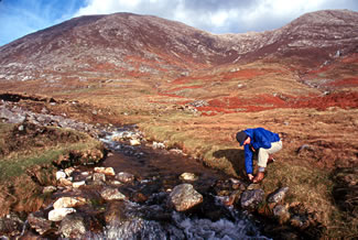 Connemara National Park, Ireland, the walk to the summit.