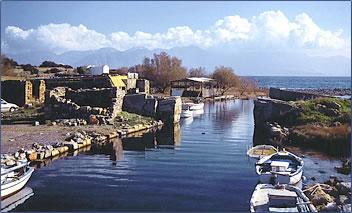 Crete vacation, Crete cuisine, Crete history.