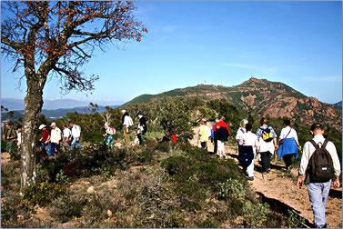 Hiking Côte d'Azur, active senior travel French Riviera, walking trails.