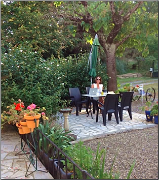 A Toulouse, France house sit, House sitting budget travel for retirees.