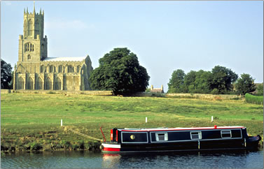 Canal boat cruising: Ten Money-Saving Ways for Travel in Britain.