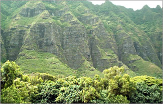 Oahu's Koolau Mountains are great for hiking and exploration.