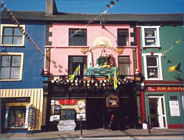Ireland independent travel with The Creaky Traveler, Warren Rovetch.