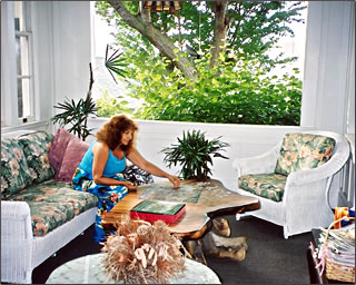 Manoa Valley Inn in Honolulu is a distinctive Hawaii accommodation.