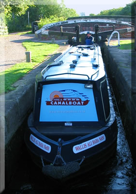 Discover the adventure of narrow boat cruising on Britain's waterways.