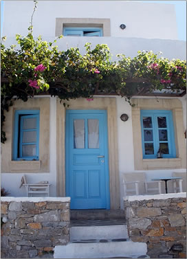 Greek Islands travel to Folegandros, Ampelos resort.