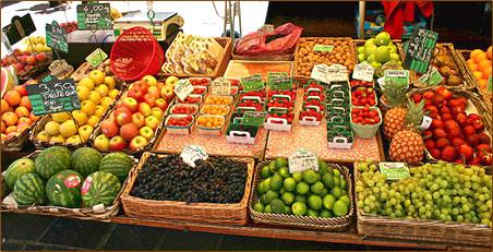St Tropez fruit market, French Riviera, Cote d'Azur, France.