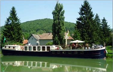 Wine & Water barging cruises explore France's region of Burgundy.
