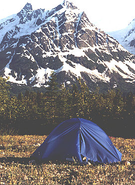 A wilderness Tatshenshini river rafting and camping adventure through Canada's Yukon Territory to Alaska.