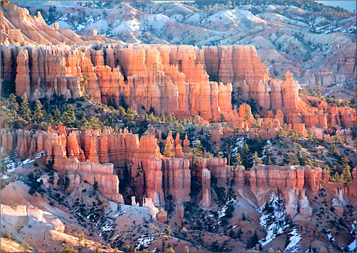 Hoodoo formations in Bryce Canyon National Park, article about geology of Zion and Bryce Canyon National Parks.