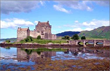 Eilean Donan Castle, Scottish Highlands, clan history.