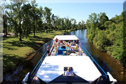 Ontario Waterway Cruises senior-friendly small-ship lake and canal cruises.