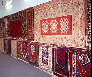 Travel in Turkey, Turkish carpet buying and kilim buying on ElderTreks tour.