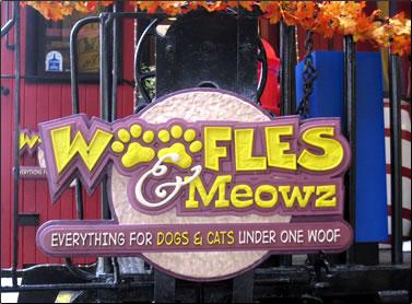 Woofles & Meowz pet shop, Granville Island Shopping Bazaar, Vancouver.