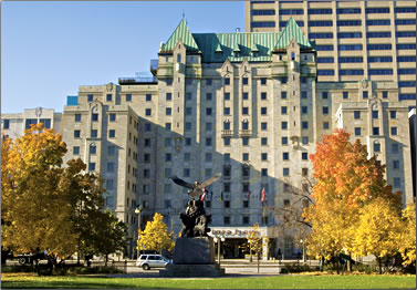 The Lord Elgin Hotel in Ottawa is a downtown landmark in Canada's Capital City.