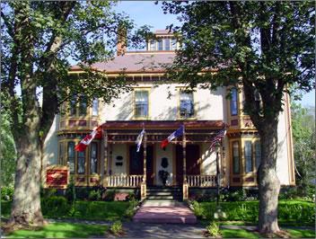 MacKinnon-Cann Inn, Nova Scotia vacations, Bay of Fundy travel, Nova Scotia historic inns, Nova Scotia country inns.