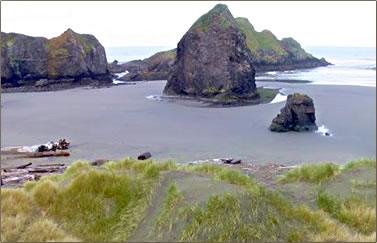 Oregon Coast Exploration: shipwrecks, beach combing, eco-retreats.