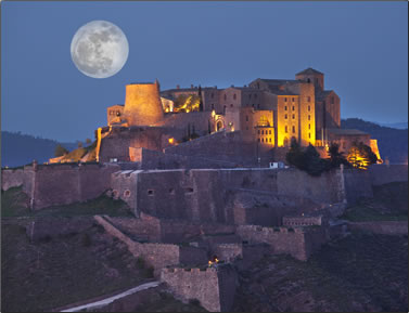 Spanish parador at Cardona offers sleeping with history.