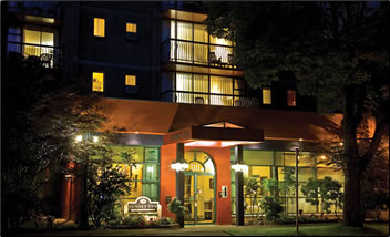 Sunset Inn & Suites, Vancouver, BC is a self-catering accommodation in the West End.