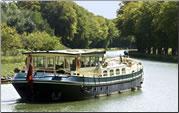 ASLAUG barge cruises France's Canal de la Somme.