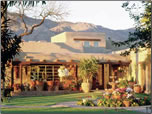 Article about Tucson, Arizona's historic hotels and other accommodations.