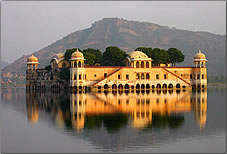 Incredible Indian Tours Jaipur water palace.
