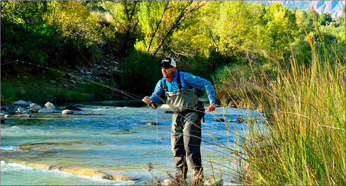 Pyrenees fly fishing. Frontiers/Salvelinus Outfitters