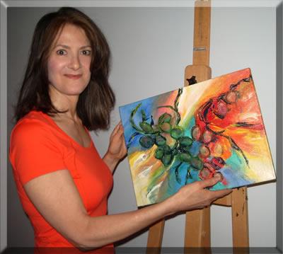 Carol-Crenna-With-Painting