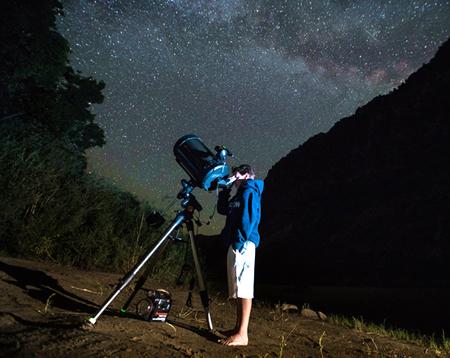 Utah-Star-Gazing-in-Lodore-Canyon