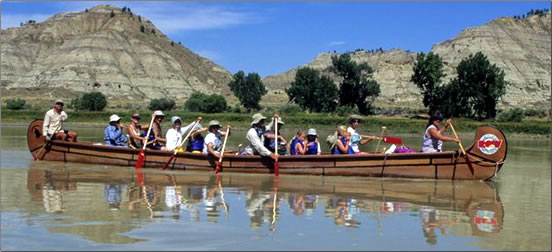 ROW-Adventures-Voyageur-Canoe
