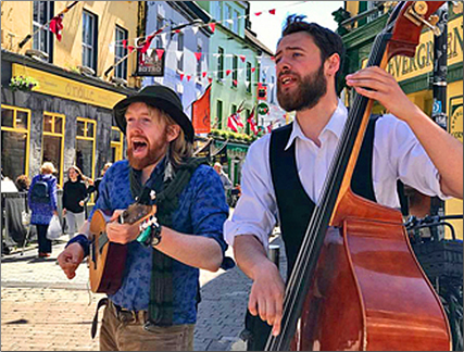Vagabond-Tours-Galway-Buskers