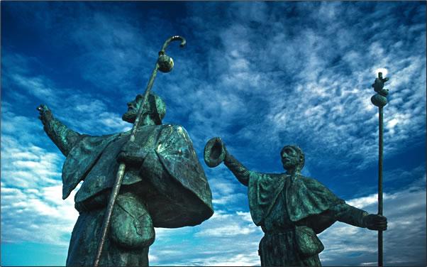 Santiago-Bronze-Sculptures.