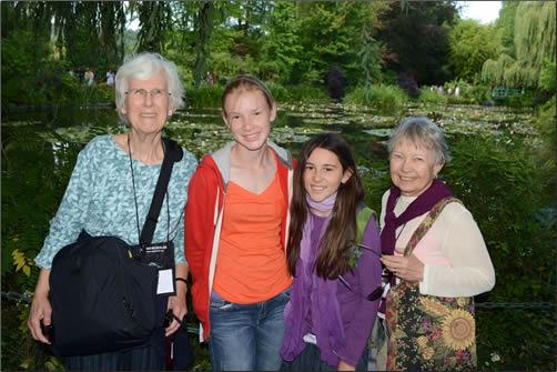 Family-Grandparent-Travel