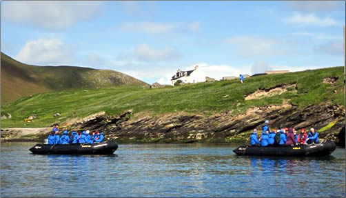 Scotland-Island-Tour-by-Zodiac