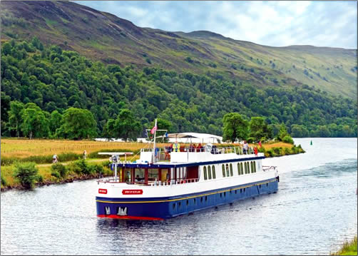Spirit-of-Scotland-Barge