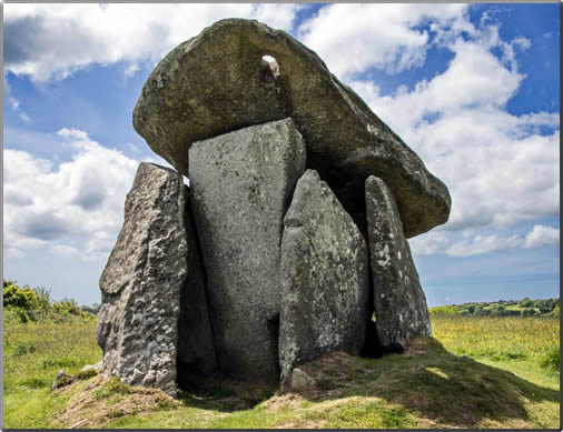 Cornwall-Trethevy-Quoit