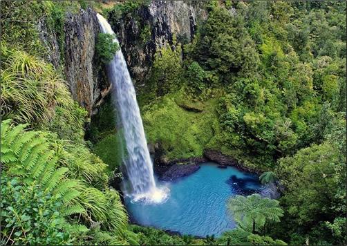 New-Zealand-Bridal-Veil-Falls