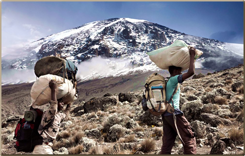 Mount-Kilimanjaro-Porters-with-Food