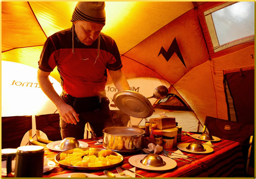 Mt.-Kilimanjaro-Food-Tent