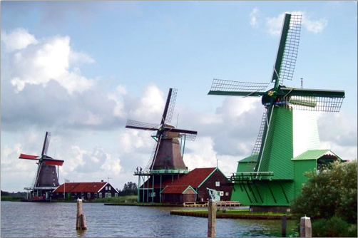 Netherlands-Royal-Crown-River-Cruise