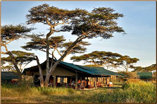 Tanzania-Chaka-Safari-Camp-Mess-Tent