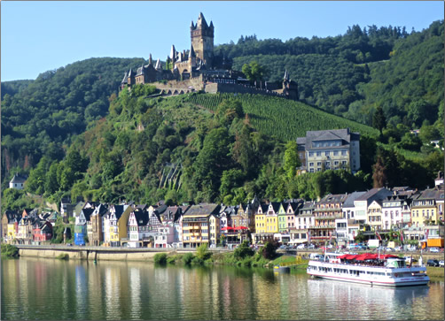 Germany-Moselle-River-Village