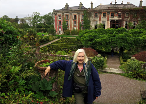 Ireland-Bantry-House-Alison