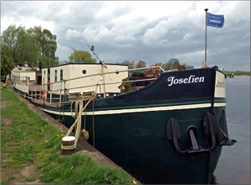 Canal-Boat-Josefien