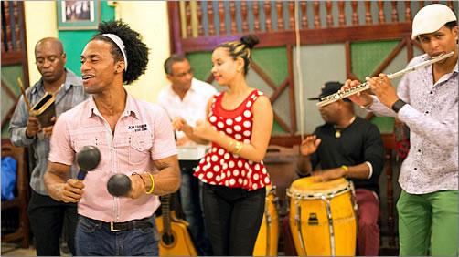 Cuba-Local-Street-Band